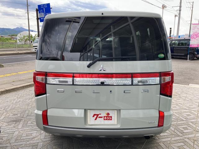 P 4WD 登録済未使用車 純正フロアマット パワーシート シートヒーター パワーバックドア LEDヘッドライト&フォグ 全周囲カメラ パワースライドドア(12枚目)
