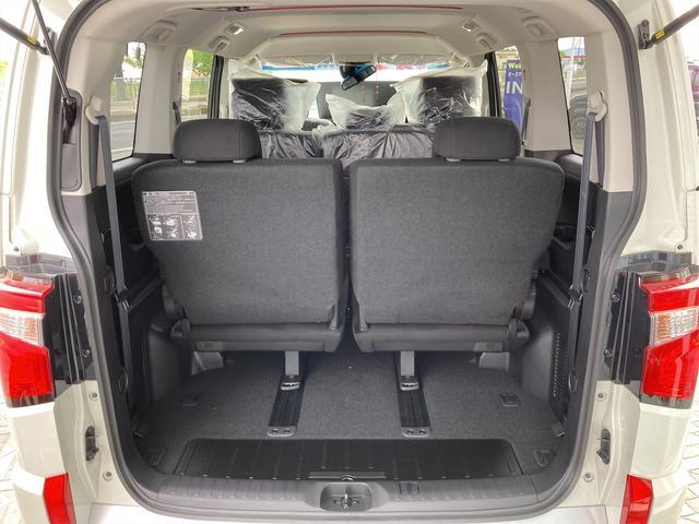 P 4WD 登録済未使用車 純正フロアマット パワーシート シートヒーター パワーバックドア LEDヘッドライト&フォグ 全周囲カメラ パワースライドドア(13枚目)