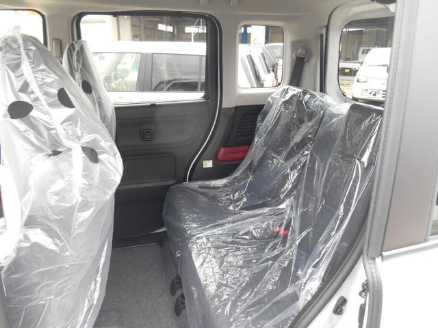 ハイブリッドX 4WD アップグレードパック 2トーンルーフ(5枚目)