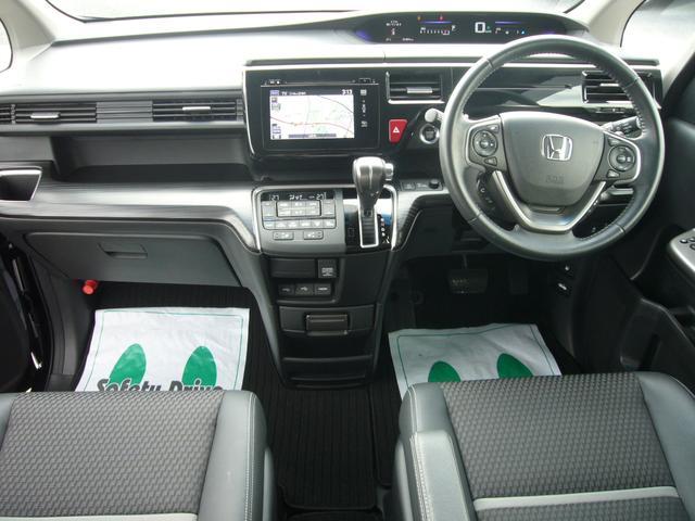ホンダ ステップワゴンスパーダ スパーダ・クールスピリット インターナビ 両自動ドア 4WD