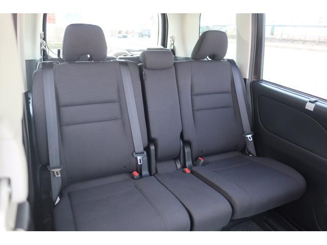 X Vセレクション 社外8型ナビ 両側自動ドア 4WD(20枚目)