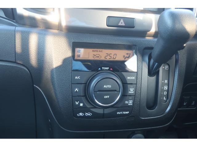 ベースグレード レーダーブレーキ 左自動ドア 4WD(9枚目)