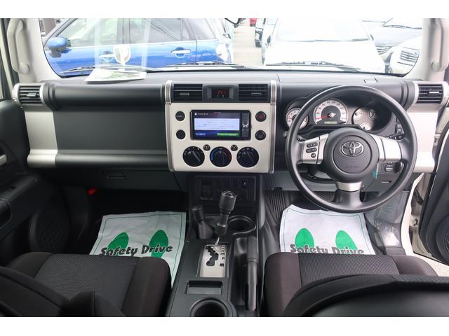 ベースグレード 社外メモリーナビ バックカメラ 4WD(9枚目)