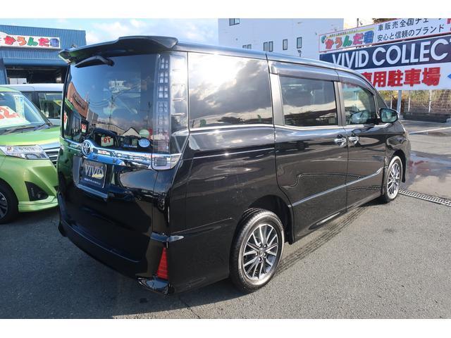 ZS 煌II 社外メモリーナビ 両側自動ドア 寒冷地 4WD(4枚目)