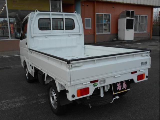 4WD KCエアコン・パワステ 5速マニュアル車(3枚目)