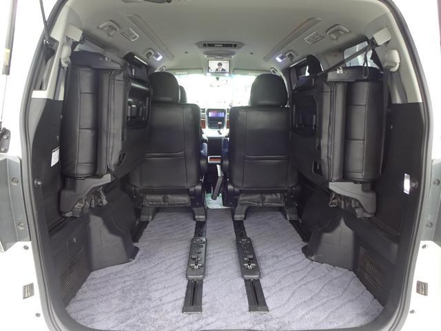 純正ナビ 純正後席モニター バックカメラ ETC 両側電動スライドドア 電動バックドア HID レザーシートカバー 純正TRDサス 2列目キャプテンシートオットマン付 ハイグロス18インチアルミ