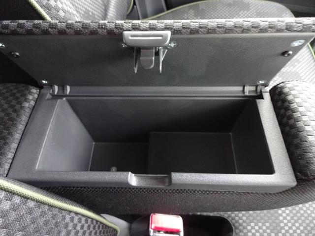J 4WD 全方位カメラ付純正ナビフルセグTV DVD CD録音 Bluetooth USB 衝突軽減ブレーキ ドライブレコーダー HIDライト LEDフォグ 前席シートヒーター ワンオーナー(26枚目)