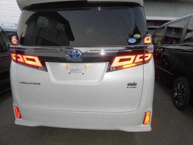 ZR4WDツィンムーンルーフ3連LED11インチナビ寒冷地(8枚目)