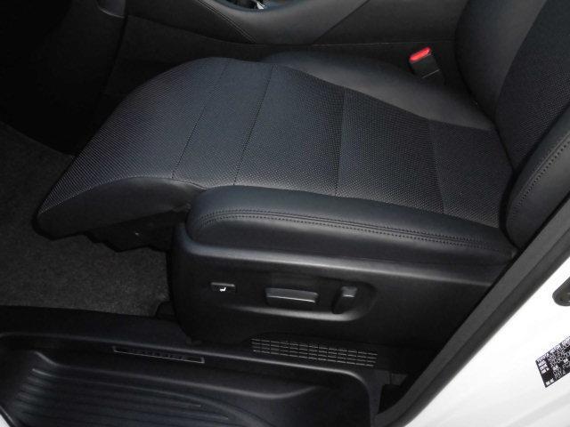 ZR4WDツィンムーンルーフ3連LED11インチナビ寒冷地(13枚目)