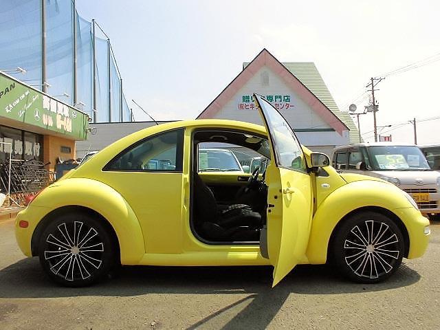 フォルクスワーゲン VW ニュービートル ベースグレード ABS 左ハンドル 社外18AW