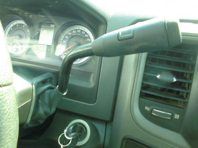 クワッドキャブ 4WD 2013年式(11枚目)