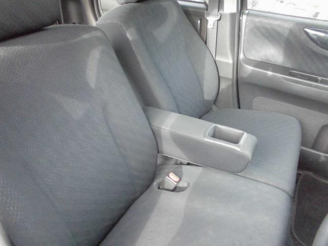 G・Lパッケージ4WD  スライドドア(13枚目)