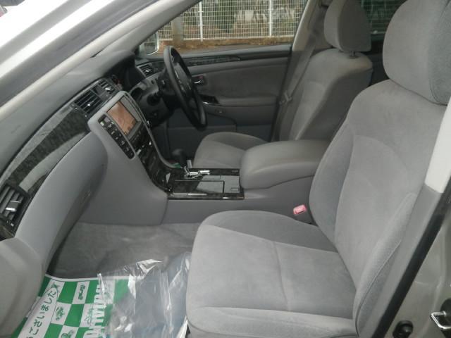 トヨタ クラウン ロイヤルサルーンi-Four Sパッケージ4WDマルチ