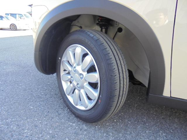 スズキ アルトラパン Fリミテッド4WDレーダーB登録済未使用車