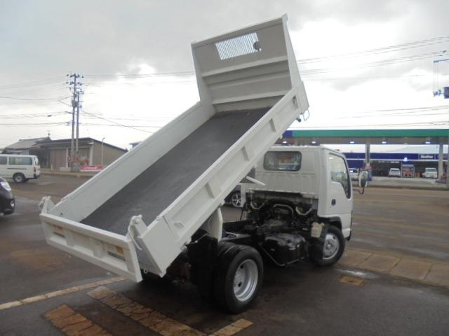 いすゞ エルフトラック 強化フルフラットローダンプ2トン・4ナンバー