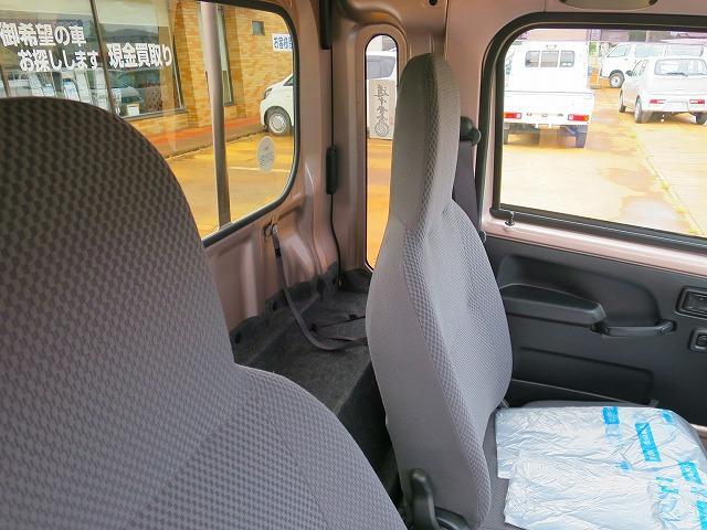 運転席後ろスペース