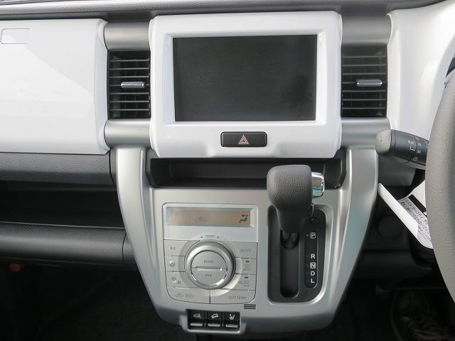 Xターボ 4WD 届出済未使用車(13枚目)