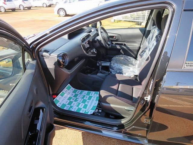 Sスタイルブラック 衝突安全 登録済未使用車(6枚目)