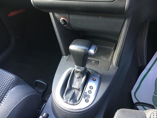 フォルクスワーゲン VW ゴルフトゥーラン 2.0 FSI