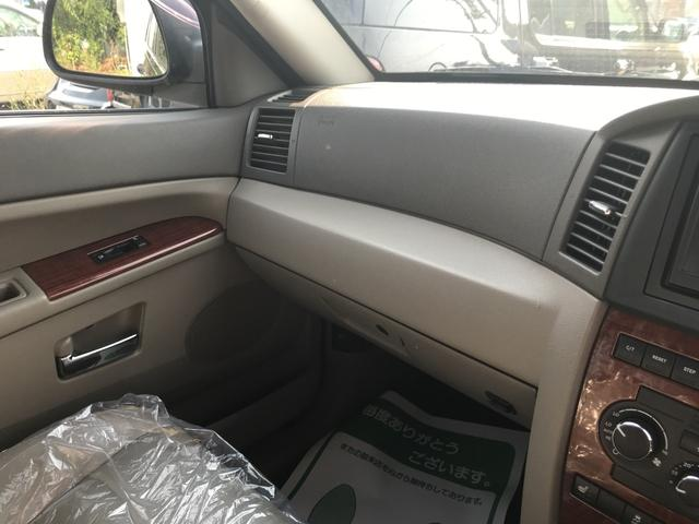 リミテッド 4WD AW17インチ CD ETC 5名乗り(15枚目)