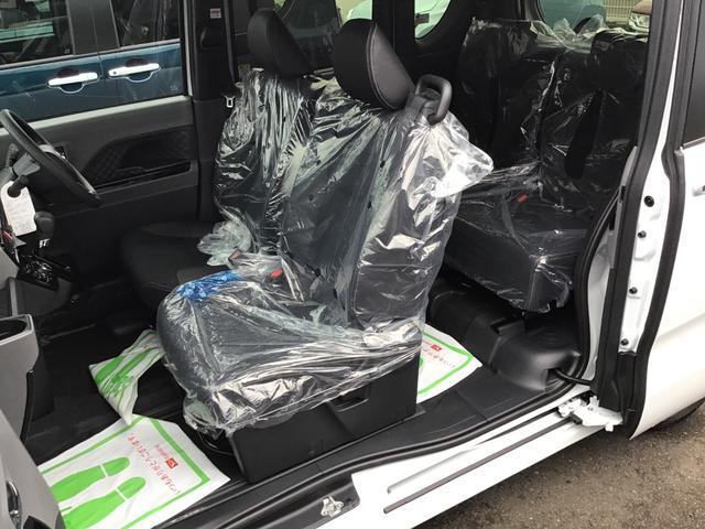 カスタムXセレクション 届出済未仕様車 特別仕様車 2WD 両側パワースライドドア シートヒーター 格納式シートバックテーブル LEDヘッドライト LEDフォグランプ スマートアシスト コーナーセンサー 14インチアルミ(22枚目)