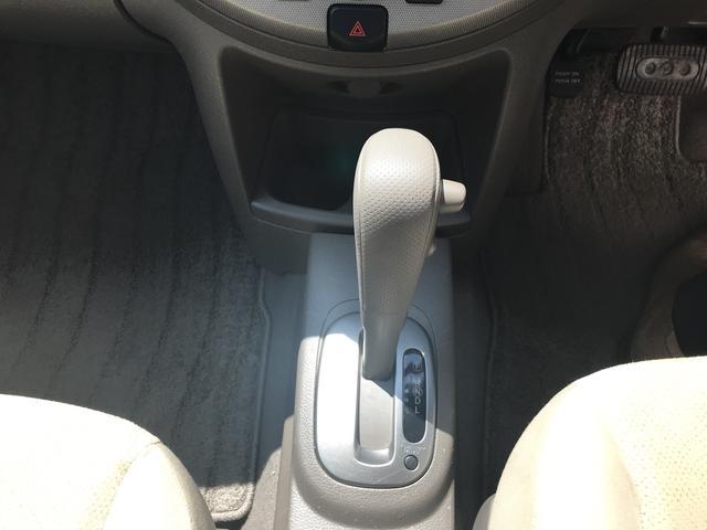 日産 ノート 15S AT AW14インチ CD コンパクトカー エアコン