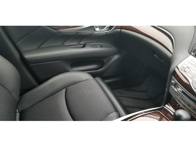 日産 フーガ 250GT マルチHDDナビ 助手席オットマン バックカメラ