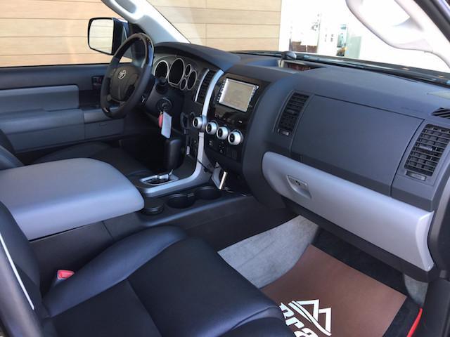「その他」「セコイア」「SUV・クロカン」「北海道」の中古車30