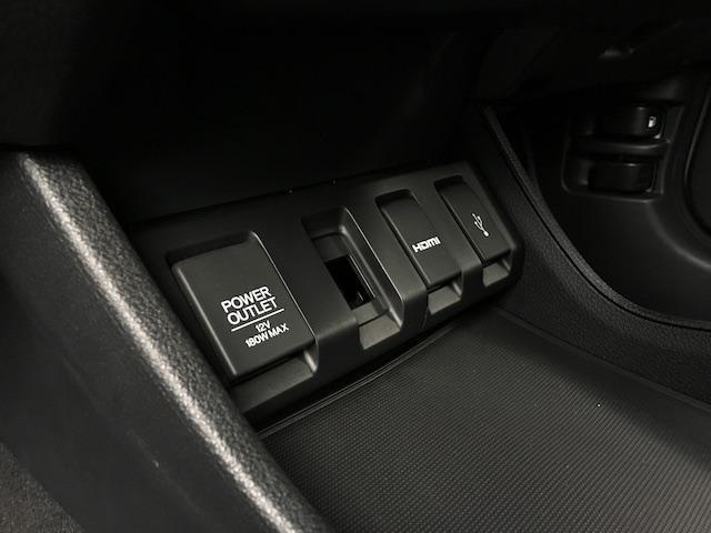 「ホンダ」「ヴェゼル」「SUV・クロカン」「岩手県」の中古車33