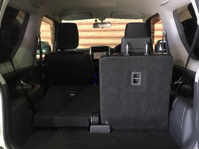 ★セカンドシートを収納すると、十分な荷室容量を確保できます!