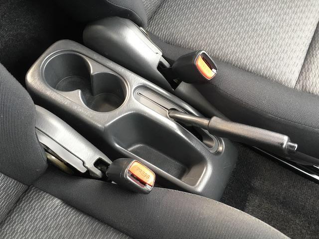 XC ワンオーナー 切替4WD ターボ リフトアップ 純正オーディオ 電動格納ミラーフォグランプ ミラーヒーター ルーフレール 純正フロアマット キーレス  フォーバイフォーエンジニアリング16インチAW(10枚目)