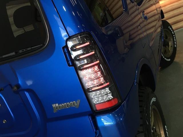 XC ワンオーナー 切替4WD ターボ リフトアップ 純正オーディオ 電動格納ミラーフォグランプ ミラーヒーター ルーフレール 純正フロアマット キーレス  フォーバイフォーエンジニアリング16インチAW(32枚目)