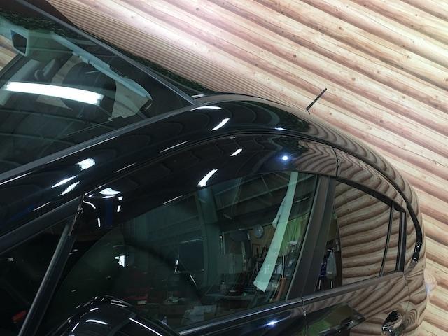 ワンオーナー フル4WD オートデュアルエアコン Pステアリング クルコン HID 革シート シートエアコンヒーター 前席Pシートシート 純正フロアマット ETC メモリーナビ フルセグTV(35枚目)