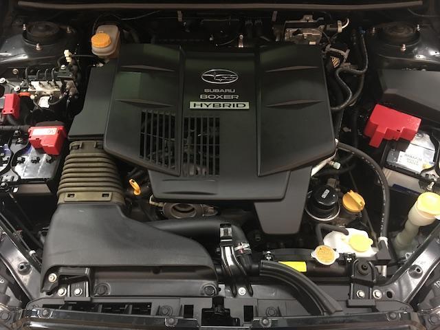 ワンオーナー フル4WD オートデュアルエアコン Pステアリング クルコン HID 革シート シートエアコンヒーター 前席Pシートシート 純正フロアマット ETC メモリーナビ フルセグTV(40枚目)