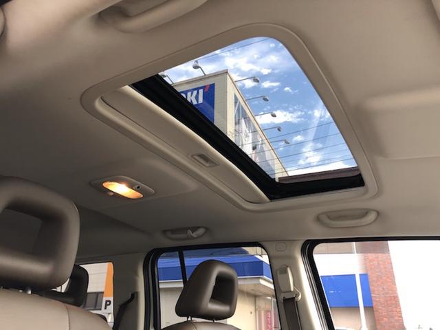リミテッド 4WD サンルーフ クルコン レザーシート/前席シートヒーター サイドカメラ ETC Bostonプレミアムオーディオ 純正17インチAW ルーフレール キーレスキー フロアマット 革巻ステアリング(14枚目)