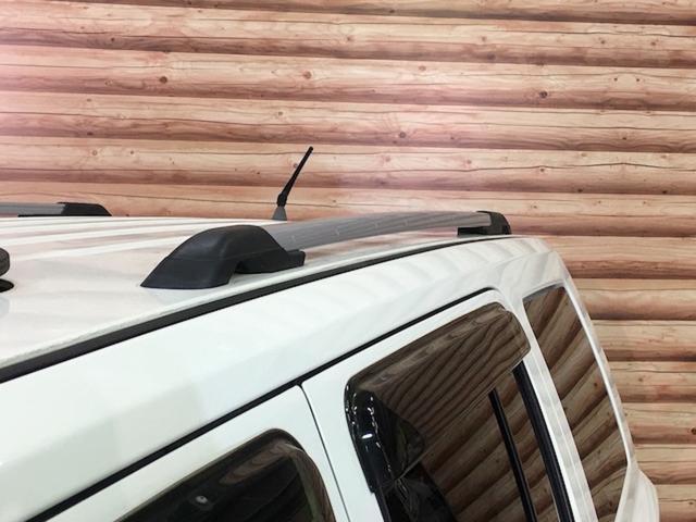 リミテッド 4WD サンルーフ クルコン レザーシート/前席シートヒーター サイドカメラ ETC Bostonプレミアムオーディオ 純正17インチAW ルーフレール キーレスキー フロアマット 革巻ステアリング(32枚目)