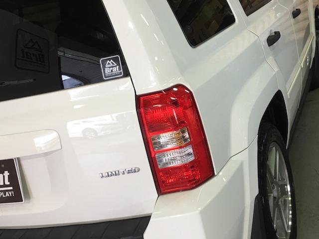リミテッド 4WD サンルーフ クルコン レザーシート/前席シートヒーター サイドカメラ ETC Bostonプレミアムオーディオ 純正17インチAW ルーフレール キーレスキー フロアマット 革巻ステアリング(35枚目)