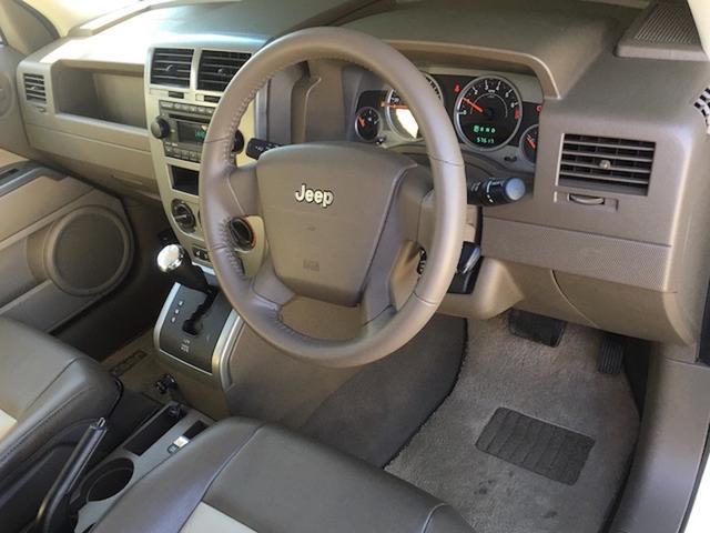 リミテッド 4WD サンルーフ クルコン レザーシート/前席シートヒーター サイドカメラ ETC Bostonプレミアムオーディオ 純正17インチAW ルーフレール キーレスキー フロアマット 革巻ステアリング(37枚目)