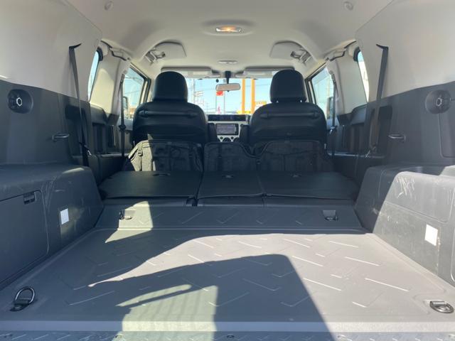 ベースグレード フロントランナールーフトップテント リフトアップ2インチ サイドステップ BFグッドリッチM/T KM3/17インチタイヤ新品 LEDウインカー ストラーダSDナビ フルセグTV ETC BT(16枚目)