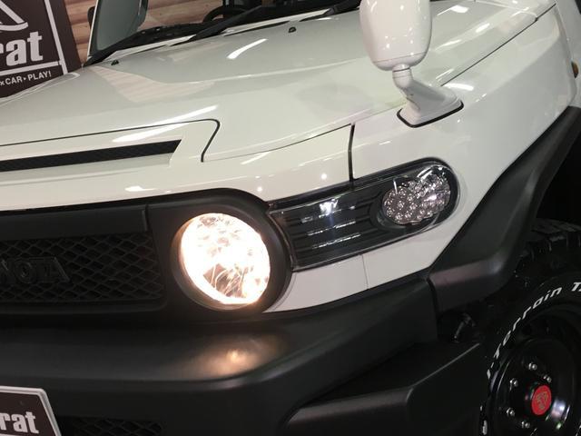 ベースグレード フロントランナールーフトップテント リフトアップ2インチ サイドステップ BFグッドリッチM/T KM3/17インチタイヤ新品 LEDウインカー ストラーダSDナビ フルセグTV ETC BT(68枚目)