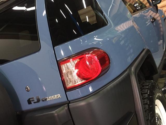 ベースグレード ツートンスモーキーブルー ルーフラック フォグランプ A-TRAC 革調シートカバー Tコネクト対応純正SDナビ フルセグ バックカメラ ステアスイッチ クルーズコントロール ETC 純正ホイール(15枚目)