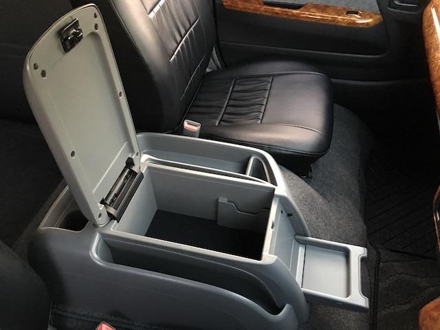 GL 4WD ローダウン ブラックアウトカスタム インナーブラックヘッドライト パワスラ トーヨーH20ホワイトレター フリップダウンモニター オーバーフェンダー ウッドコンビハンドル 木目調パネル(47枚目)
