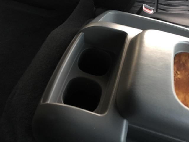 GL 4WD ローダウン ブラックアウトカスタム インナーブラックヘッドライト パワスラ トーヨーH20ホワイトレター フリップダウンモニター オーバーフェンダー ウッドコンビハンドル 木目調パネル(48枚目)
