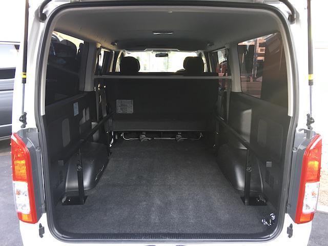 トヨタ ハイエースバン ロングスーパーGL4WDモデリスタ LEDライト ローダウン
