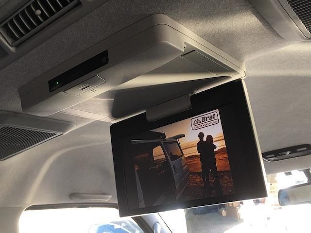 GL 4WD☆ベッドキット☆新品ローダウン☆ロクサーニ16AW☆フリップダウンモニター☆新品シートカバー☆LEDテール☆ミラー内蔵バックカメラ☆ウィンカーミラー☆安心保証付き☆全国陸送納車可(13枚目)