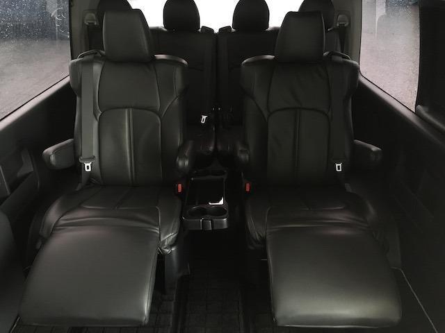 グランドキャビン 特別架装車ファインテックツアラー 4WD 新品バルベロ17インチAW 新品ナスカーイーグル1 全席シートカバー アルパインメモリナビ アルパインフリップダウンモニター 片側パワースライドドア(4枚目)
