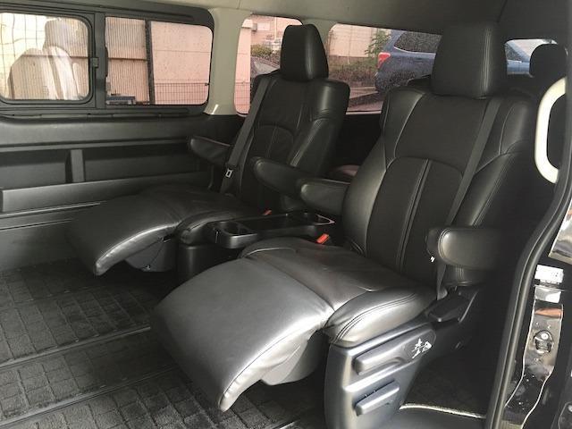 グランドキャビン 特別架装車ファインテックツアラー 4WD 新品バルベロ17インチAW 新品ナスカーイーグル1 全席シートカバー アルパインメモリナビ アルパインフリップダウンモニター 片側パワースライドドア(16枚目)