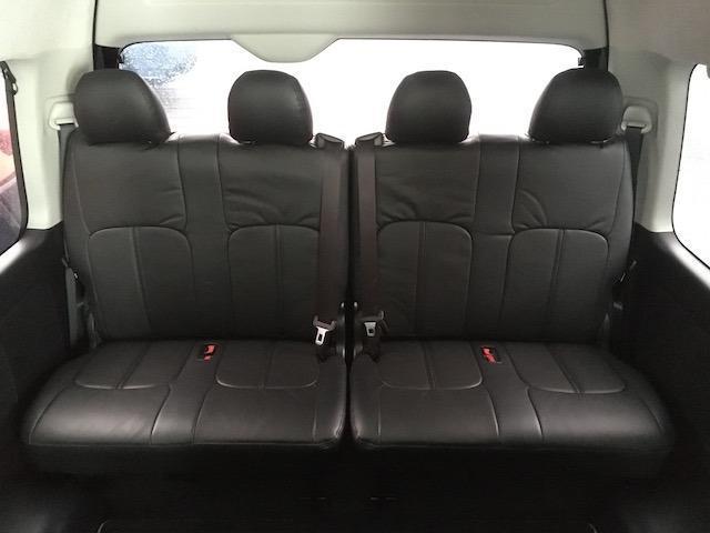 グランドキャビン 特別架装車ファインテックツアラー 4WD 新品バルベロ17インチAW 新品ナスカーイーグル1 全席シートカバー アルパインメモリナビ アルパインフリップダウンモニター 片側パワースライドドア(18枚目)