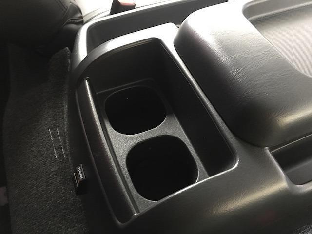 グランドキャビン 特別架装車ファインテックツアラー 4WD 新品バルベロ17インチAW 新品ナスカーイーグル1 全席シートカバー アルパインメモリナビ アルパインフリップダウンモニター 片側パワースライドドア(38枚目)