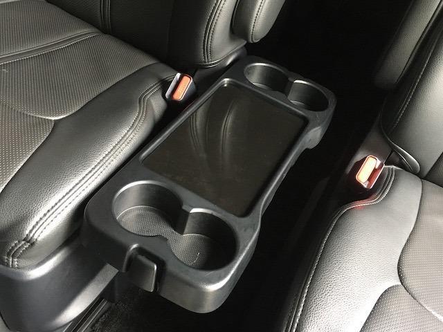グランドキャビン 特別架装車ファインテックツアラー 4WD 新品バルベロ17インチAW 新品ナスカーイーグル1 全席シートカバー アルパインメモリナビ アルパインフリップダウンモニター 片側パワースライドドア(49枚目)